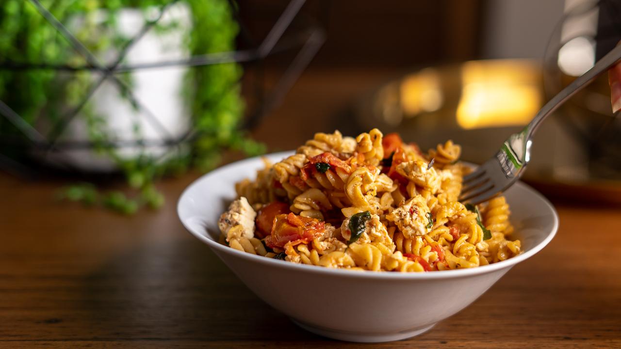 gluten free tomato feta pasta recipe